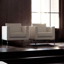 Contemporary armchair / fabric / by Piero Lissoni