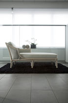 Traditional daybed / rattan / indoor