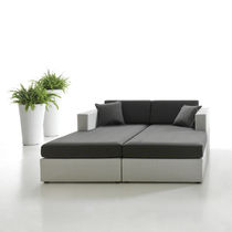 Contemporary daybed / resin wicker / garden