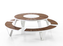 Picnic table / contemporary / hardwood / iroko