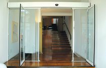 Sliding entry door / automatic / security / double