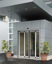 Folding entry door / aluminum / thermally-insulated / automatic