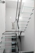 Straight staircase / half-turn / glass steps / glass frame