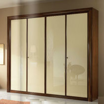Traditional wardrobe / wooden / glossy lacquered wood / sliding door