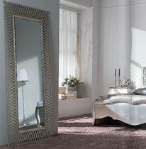 Free-standing mirror / classic / rectangular / metal