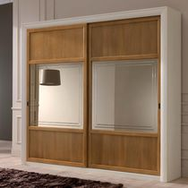 Traditional wardrobe / wooden / lacquered wood / sliding door