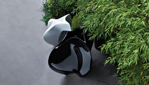 Polyethylene garden pot / by Zaha Hadid