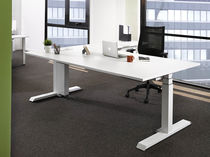 Executive desk / laminate / contemporary / commercial