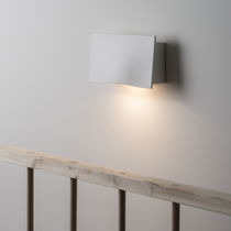 Contemporary wall light / outdoor / cast aluminum / LED