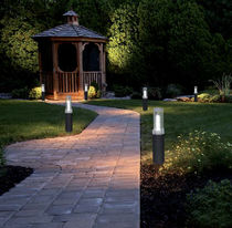 Public space bollard light / garden / contemporary / extruded aluminum