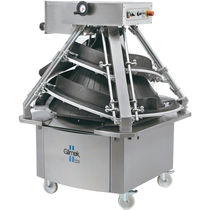 Commercial dough divider-rounder