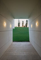 Contemporary wall light / outdoor / round / polycarbonate