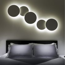 Contemporary wall light / methacrylate / fluorescent / round
