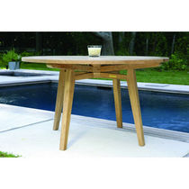Traditional table / wood / round / garden