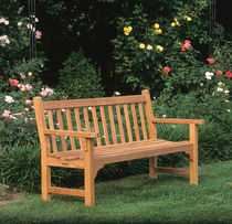 Garden bench / traditional / wooden / with backrest