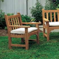 Traditional armchair / wooden / garden