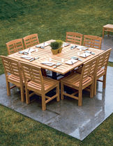 Traditional table / wood / garden