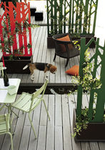 Contemporary planter / metal / with trellis / residential