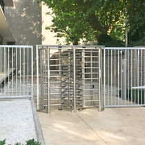 Full-height turnstile / stainless steel / for access control / for public spaces