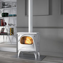 Wood heating stove / classic / cast iron / double-combustion