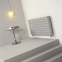 Hot water radiator / metal / contemporary / horizontal