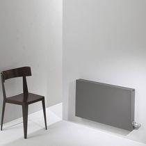 Hot water radiator / low-temperature / aluminum / contemporary