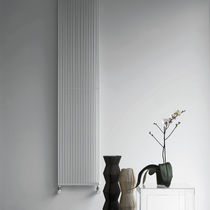 Hot water radiator / steel / contemporary / horizontal