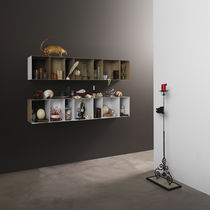 Wall-mounted shelf / contemporary / metal / lacquered metal