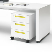 Metal office unit / 3-drawer / on casters / key type