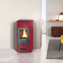 Pellet heating stove / contemporary / steel / earthenware