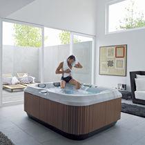 Above-ground hot tub / rectangular / 3-seater / indoor