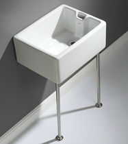 Wall-mounted laundry sink / ceramic