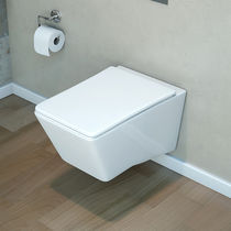 Wall-hung toilet / ceramic