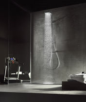 Thermostatic shower column / with hand shower