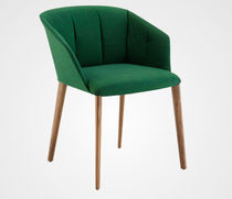 Contemporary chair / with armrests / on casters / star base