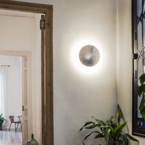 Contemporary wall light / round / steel / LED