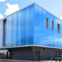Cellular polycarbonate panel / for curtain walls