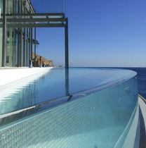 Methacrylate composite panel / for swimming pools