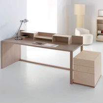 Wooden desk / contemporary