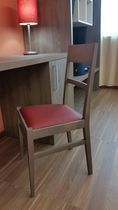 Hotel chair / traditional / wooden