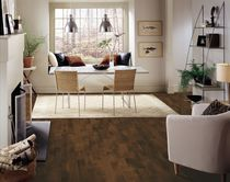 Engineered parquet flooring / floating / walnut / semi-gloss