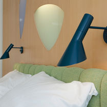 Contemporary wall light / steel / IP20 / white