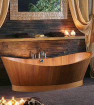 Free-standing bathtub / oval / wooden