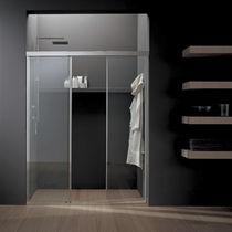 Sliding shower screen / for alcove