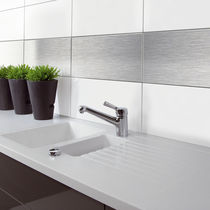 Residential wallcovering / smooth / metal look / magnetic