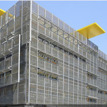 Wire cladding mesh / solar shading