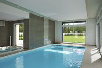 In-ground swimming pool / concrete / for wellness centers / indoor