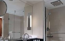 Wall-mounted mirror / contemporary / rectangular / illuminated