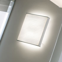 Contemporary wall light / aluminum / compact fluorescent / square