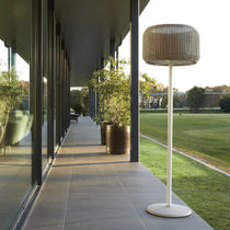 Floor-standing lamp / contemporary / aluminum / cast iron